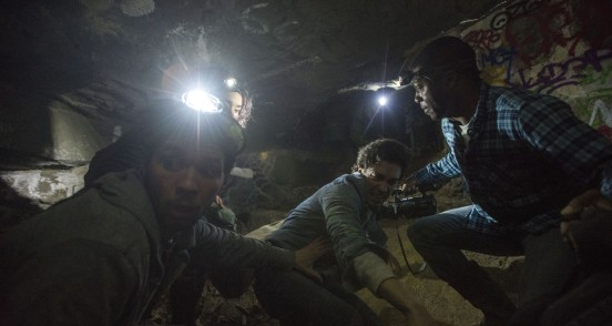 Catacombes : Photo Ben Feldman, Edwin Hodge, Perdita Weeks - Copyright Legendary Pictures / Universal Pictures